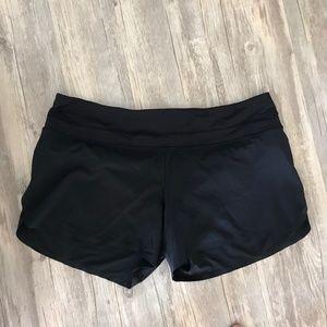 Lululemon Hotty Hot Short Black 4 inch Inseam